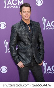 LOS ANGELES - APR 1:  Easton Corbin at the 47th Annual Academy Of Country Music Awards at the MGM Garden Arena on April 1, 2012 in Las Vegas, NV