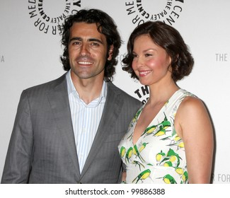 """LOS ANGELES - APR 10:  Dario Franchitti, Ashley Judd arrives at """"Missing"""" Screening and Panel at Paley Center for Media on April 10, 2012 in Beverly Hills, CA"""