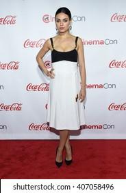 LOS ANGELES - APR 14:  Mila Kunis arrives to the Cinema Con 2016: Awards Gala  on April 14, 2016 in Las Vegas, NV.