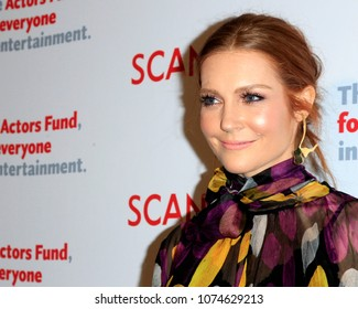 """LOS ANGELES - APR 19:  Darby Stanchfield at the The Actors Fund's """"Scandal"""" Finale Live Stage Reading on the El Capitan Theater on April 19, 2018 in Los Angeles, CA"""