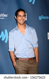LOS ANGELES - APR 20:  Avan Jogia arrives at the 2013 GLAAD Media Awards at the JW Marriott on April 20, 2013 in Los Angeles, CA