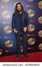 LOS ANGELES - APR 24:  Jason Momoa arrives for the Warner Bros panal at CinemaCon 2018 on April 24, 2018 in Las Vegas, NV