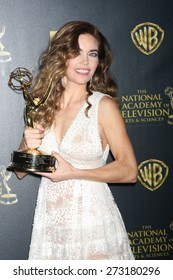 LOS ANGELES - APR 26:  Amelia Heinle at the 2015 Daytime Emmy Awards at the Warner Brothers Studio Lot on April 26, 2015 in Los Angeles, CA