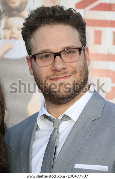 """LOS ANGELES - APR 28:  Seth Rogen at the """"Neighbors"""" Premiere at Village Theater on April 28, 2014 in Westwood, CA"""