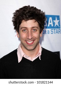 LOS ANGELES - APR 29:  Simon Helberg arrives to the Anti-Bullying Alliance Launch  on April 29, 2010 in Washington D.C.