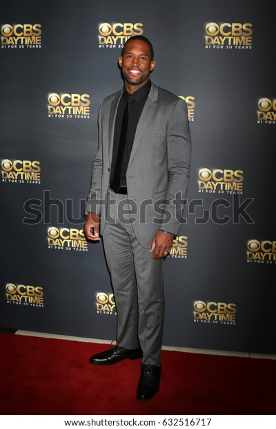 LOS ANGELES - APR 30:  Lawrence Saint-Victor at the CBS Daytime Emmy After Party at the Pasadena Conferene Center on April 30, 2017 in Pasadena, CA