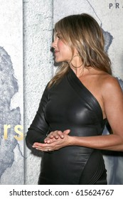 """LOS ANGELES - APR 4:  Jennifer Aniston at the Premiere Of HBO's """"The Leftovers"""" Season 3 at Avalon Hollywood on April 4, 2017 in Los Angeles, CA"""