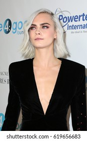 LOS ANGELES - APR 7:  Cara Delevingne at the 4th Annual unite4:humanity Gala at the Beverly Wilshire Hotel on April 7, 2017 in Beverly Hills, CA
