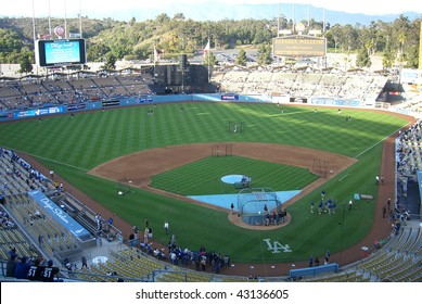 LOS ANGELES - APRIL 25: Dodger fans and players await a spring baseball game at Dodger Stadium on April 25, 2007 in Los Angeles, California.