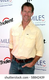 "LOS ANGELES - AUG 10:  James Denton at the ""Chews"" To Smile Rooftop Carnival Sponsored by Trident and Smiles Across America at The London West Hollywood Hotel on August 10, 2010 in West Hollywood, CA"
