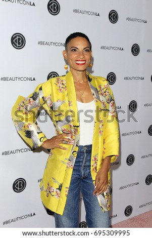 3470c7d9f72d LOS ANGELES - AUG 12  Goapele at the 5th Annual Beautycon Festival Los  Angeles at the Los Angeles Convention Center on August 12