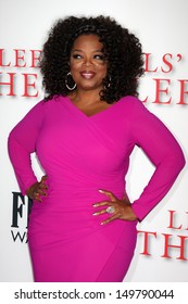 """LOS ANGELES - AUG 12:  Oprah Winfrey at the """"Lee Daniels' The Butler"""" LA Premiere at the Regal 14 Theaters on August 12, 2013 in Los Angeles, CA"""