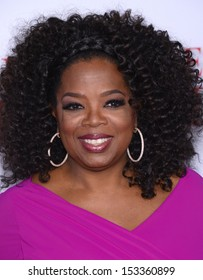 """LOS ANGELES - AUG 12:  Oprah Winfrey arrives to """"The Butler"""" Los Angeles Premiere  on August 12, 2013 in Los Angeles, CA"""