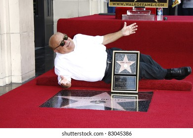 LOS ANGELES - AUG 18: Danny DeVito is honored with a star on the Hollywood Walk of Fame in Los Angeles, California on August 18, 2011.