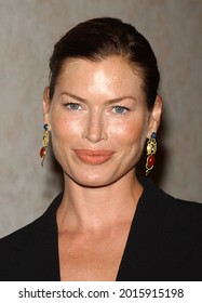 LOS ANGELES - AUG 19: Carre Otis arrives for the 2nd Annual 'Runway For Life' Celebrity Fashion Show on August 19, 2003 in Beverly Hills, CA