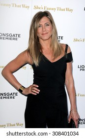 """LOS ANGELES - AUG 19:  Jennifer Aniston at the """"She's Funny That Way"""" Red Carpet Premiere at the Harmony Gold Theater on August 19, 2015 in Los Angeles, CA"""