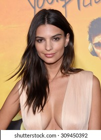 """LOS ANGELES - AUG 20:  Emily Ratajkowski arrives to the """"We Are Your Friends"""" Los Angeles Premiere  on August 20, 2015 in Hollywood, CA"""