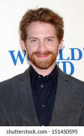 """LOS ANGELES - AUG 21:  Seth Green at """"The World's End"""" Premiere at the ArcLight Hollywood Theaters on August 21, 2013 in Los Angeles, CA"""