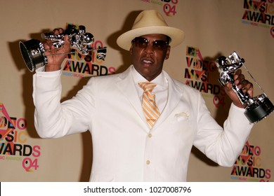 LOS ANGELES - AUG 29:  Jay-Z in the press room at the Mtv Video Music Awards  on August 29, 2004 in Miami, FL.