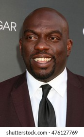 """LOS ANGELES - AUG 29:  Omar J Dorsey at the Premiere Of OWN's """"Queen Sugar"""" at the Warner Brothers Studios on August 29, 2016 in Burbank, CA"""