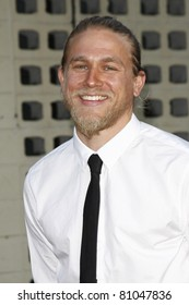 LOS ANGELES - AUG 30: Charlie Hunnam at the Season Three premiere screening of 'Sons of Anarchy' at the Cinerama Dome in Los Angeles, California on August 30, 2010