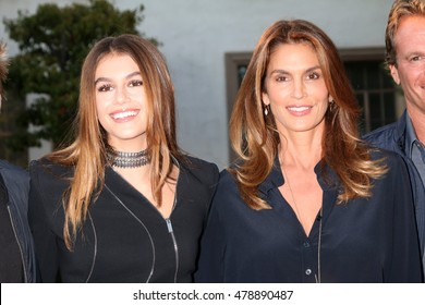"""LOS ANGELES - AUG 31:  Kaia Gerber, Cindy Crawford at the """"Sister Cities"""" Los Angeles Premiere Screening at the Paramount Studios on August 31, 2016 in Los Angeles, CA"""