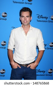 LOS ANGELES - AUG 4:  Jason Thompson arrives at the ABC Summer 2013 TCA Party at the Beverly Hilton Hotel on August 4, 2013 in Beverly Hills, CA