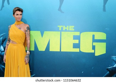 """LOS ANGELES - AUG 6:  Ruby Rose at the """"The Meg"""" Premiere on the TCL Chinese Theater IMAX on August 6, 2018 in Los Angeles, CA"""