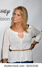 LOS ANGELES - AUG 7:  Cheryl Hines arriving at the Disney / ABC Television Group 2011 Summer Press Tour Party at Beverly Hilton Hotel on August 7, 2011 in Beverly Hills, CA