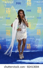 LOS ANGELES - AUG 7:  Katerina Graham arriving at the 2011 Teen Choice Awards at Gibson Amphitheatre on August 7, 2011 in Los Angeles, CA