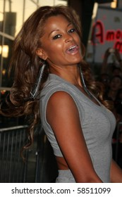 """LOS ANGELES - AUGUST 4:  Claudia Jordan. arrives at the """"Takers"""" World Premiere at ArcLight Cinerama Dome Theater on August 4, 2010 in Los Angeles, CA"""