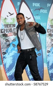 LOS ANGELES - AUGUST 8:  Jason Derulo in the Press Room  at the 2010 Teen Choice Awards at Gibson Ampitheater at Universal  on August 8, 2010 in Los Angeles, CA