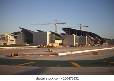 LOS ANGELES, CA - APRIL, 14:  LAX's 1.4 billion dollar Bradley International Terminal expansion project nears completion and is scheduled to open in 2013, on April 14, 2012 in Los Angeles, California.