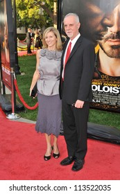 LOS ANGELES, CA - APRIL 20, 2009: Steve Lopez & wife at the Los Angeles premiere of The Soloist at Paramount Theatre, Hollywood.