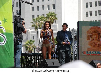 """LOS ANGELES, CA- APRIL 26: Mexican Singer Ninel Conde performs at """"Fiesta Broadway Festival"""" in downtown Los Angeles, April 26, 2009 in Los Angeles, California."""