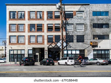 Los Angeles, CA - APRIL 5: Old building in art district on April 5, 2017 in Los Angeles