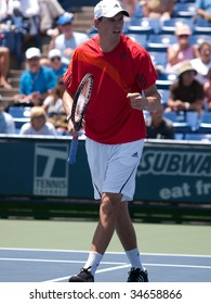LOS ANGELES, CA. - AUGUST 2: Bob Bryan (pictured) and Mike Bryan vs. Benjamin Becker and Frank Moser at the mens doubles final of the L.A. Tennis Open August 2, 2009 in Los Angeles.