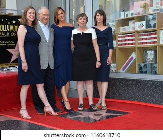 LOS ANGELES, CA. August 20, 2018: Jennifer Garner, parents William John, Patricia Ann, & sisters Susannah Kay Carpenter & Melissa Wylie at the Hollywood Walk of Fame Star Ceremony
