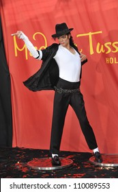 LOS ANGELES, CA - AUGUST 27, 2009: Michael Jackson's new $300,000 wax figure was unveiled today at Madame Tussauds Hollywood.