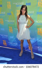 LOS ANGELES, CA - AUGUST 7, 2011: Rachel Bilson arrives at the 2011 Teen Choice Awards at the Gibson Amphitheatre, Universal Studios, Hollywood. August 7, 2011  Los Angeles, CA