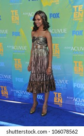 LOS ANGELES, CA - AUGUST 7, 2011: Zoe Saldana arrives at the 2011 Teen Choice Awards at the Gibson Amphitheatre, Universal Studios, Hollywood. August 7, 2011  Los Angeles, CA