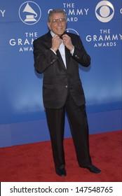 LOS ANGELES, CA - FEBRUARY 27, 2002: Singer TONY BENNETT at the 2002 Grammy Awards in Los Angeles.
