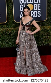 LOS ANGELES, CA. January 06, 2019: Anne Hathaway at the 2019 Golden Globe Awards at the Beverly Hilton Hotel.