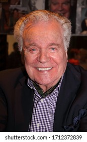 LOS ANGELES, CA – JULY 28, 2018: Robert Wagner attending the Hollywood Show on July 28, 2018 in Los Angeles, CA.