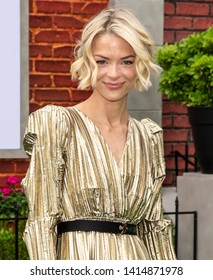 """Los Angeles, CA - June 02, 2019: Jaime King attends the Premiere Of Universal Pictures' """"The Secret Life Of Pets 2"""" held at Regency Village Theatre"""