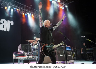 LOS ANGELES, CA - JUNE 29: Art Alexakis of Everclear performs to a sold-out crowd at first annual Summerland tour at the Greek Theatre on June 29, 2012 in Los Angeles, CA.