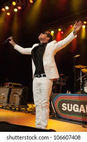 LOS ANGELES, CA - JUNE 29: Mark McGrath of Sugar Ray performs to a sold-out crowd at first annual Summerland tour at the Greek Theatre on June 29, 2012 in Los Angeles, CA.