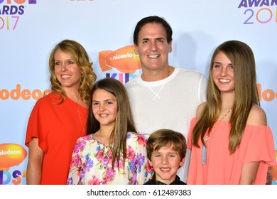 LOS ANGELES, CA. March 11, 2017: Businessman Mark Cuban & wife Tiffany Stewart & children Alyssa, Jake & Alexis at the Nickelodeon 2017 Kids' Choice Awards at the USC's Galen Centre, Los Angeles