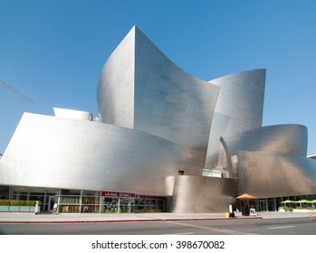 Los Angeles CA March 30, 2016 A beautiful Los Angeles landmark in the heart of downtown Los Angeles the futuristic Walt Disney Concert Hall