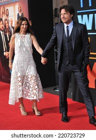 """LOS ANGELES, CA - SEPTEMBER 15, 2014: Jason Bateman & wife Amanda Anka at the Los Angeles premiere of his movie """"This Is Where I Leave You"""" at the TCL Chinese Theatre, Hollywood."""